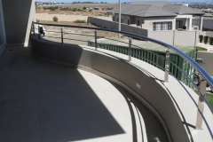 Curved-Stainless-steel-ballustrade-to-follow-the-shape-of-the-up