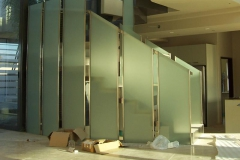Frosted-Glass-Panels-for-ballustrades