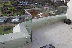 Glass-ballustrade-at-balcony