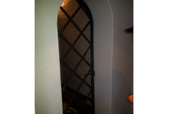Wine-cellar-gate-installed