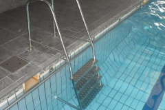 e-Stainless-steel-4-step-pool-ladder