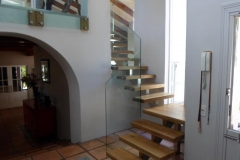 Retro-Style-Staircase-with-solid-wood-treads