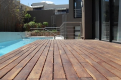 Timber-decking-for-the-sun-lovers