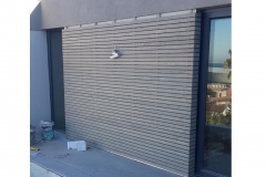 Timber-screen-before-finishing-touches-1